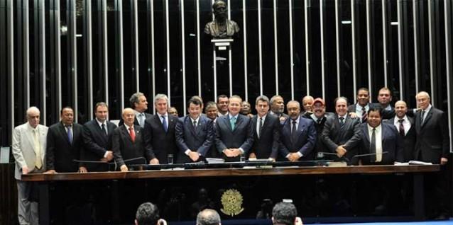 Nova Lei dos Portos: com um ano, j� �rf�?